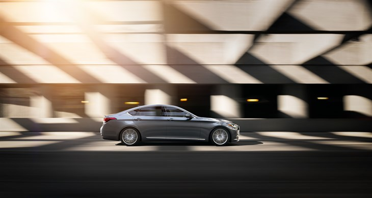 HYUNDAI GENESIS EARNS KIPLINGER'S 2015 BEST VALUE AWARD