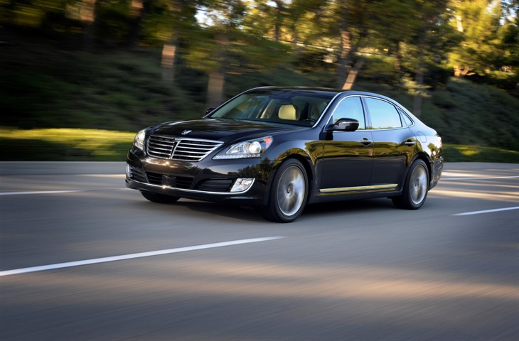 2016 HYUNDAI EQUUS OFFERS DRIVER-FOCUSED TECHNOLOGIES, PREMIUM DESIGN, AND ADVANCED SAFETY FEATURES